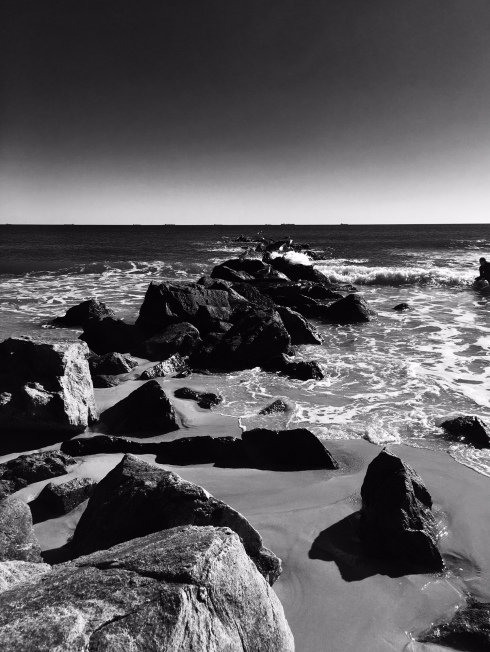 ocean-black-and-white